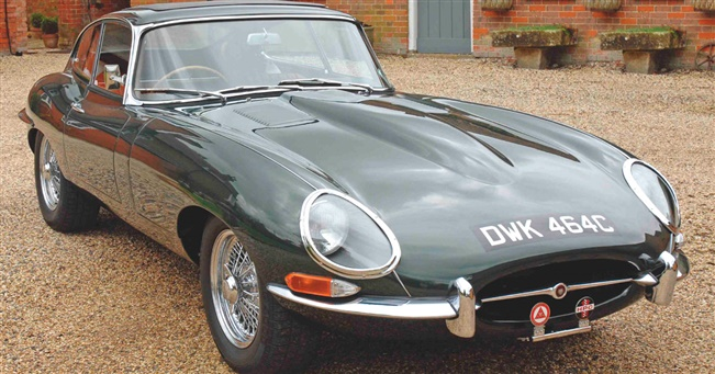 Classic test - Prince Michael's E-type princely desert