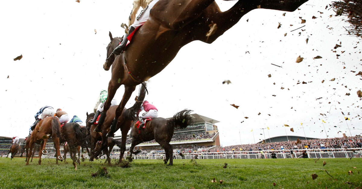 GRAND NATIONAL - Aintree Racecourse, Saturday 11 April 16:15