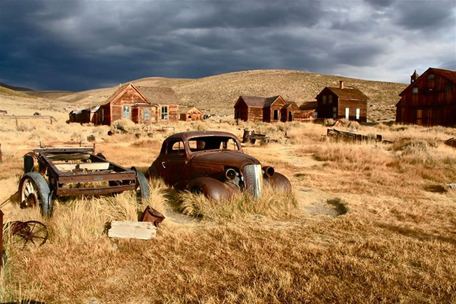 Ghost towns!